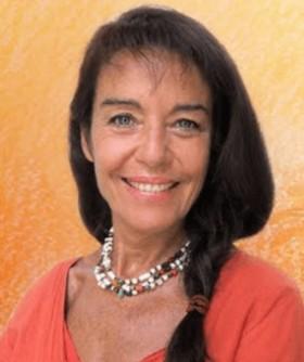 Une Femme - 7 Déesses par Diane Bellego
