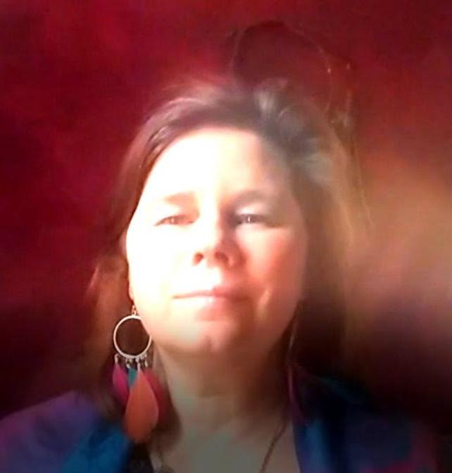 Ecrire pour se reconnecter à soi et à son intuition par Laurence Konieczny
